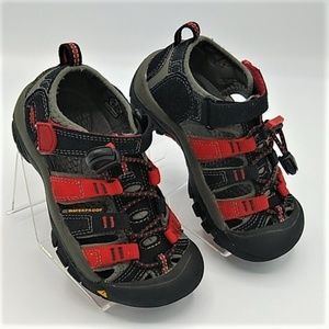 Keen Black And Red sz 10